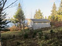 Great view. Fantastic sunsets. Rustic feel cottage. Great place to unplug and recharge!