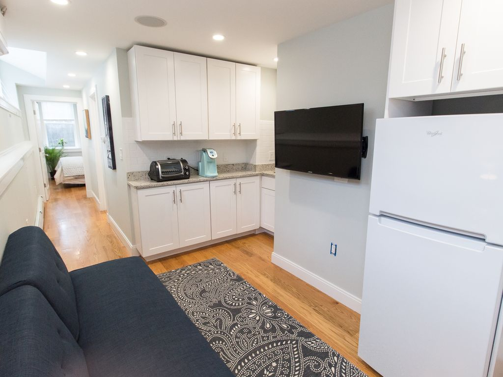 Brand New 1- Bed In The Middle Of Coolidge Corner!