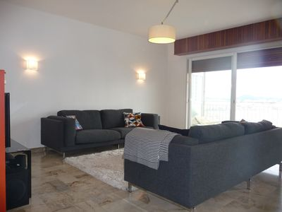 Relaxing area equipped with an HD TV, Orange TV, home cinema DVD, broadband Box
