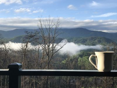 Comfy getaway in the Great Smoky Mountains!