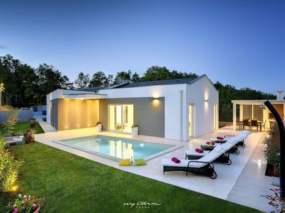 Photo for Wonderfully relaxing villa amidst unspoiled nature