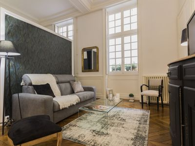 Photo for Charming apartment in the historic heart with Parking