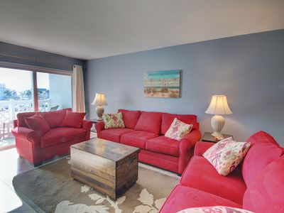 Photo for 2BR / 2BA - Centrally located to all the amenities at El Matador