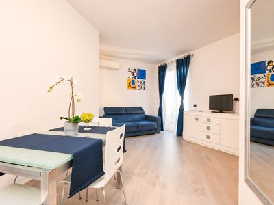 """Photo for Modern apartment """"Peschiera Summer Dream"""" with pool and close to the lake"""