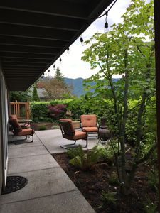 Serene private courtyard to private entrance.