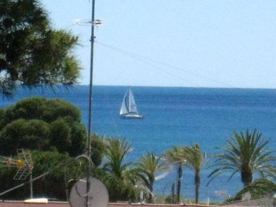 Photo for Apartment with sea view, quiet and close to the beach - ideal for families and couples