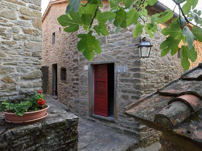 Photo for Holiday house Castiglion Fiorentino for 4 persons with 2 bedrooms - Farmhouse
