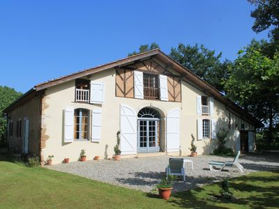 Photo for Landes farm restored, quiet, 320 m2 for 12 people, with swimming pool