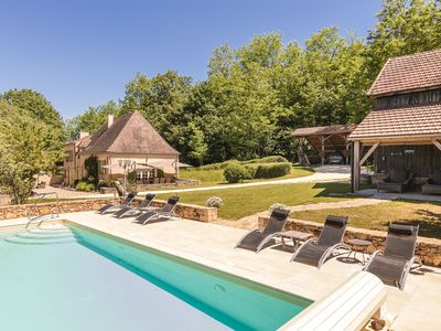Photo for Lovingly and very luxuriously furnished farmhouse with private swimming pool.