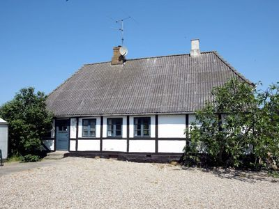 Photo for Vacation home Hou/Fyn in Tranekær - 5 persons, 1 bedrooms