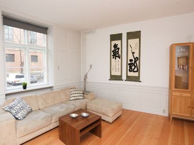 Photo for Lovely and Homey Flat in a Great Neighborhood!