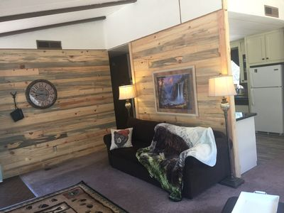 Cozy Bear Hollow has a hideabed in the living room