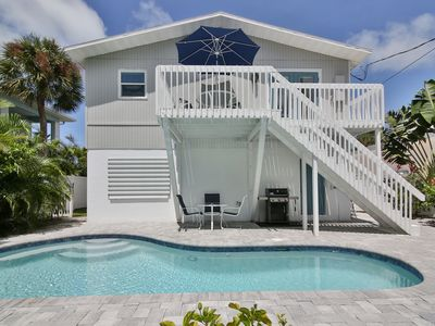 THE BEACHHOUSE ON PINE AVENUE    HI SPEED INT    SLEEPS 10  CLEANLINESS POLICY