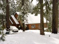 Fabulous Weekend, Amazing Cabin, Perfect for a Large Group of multiple Families!!!