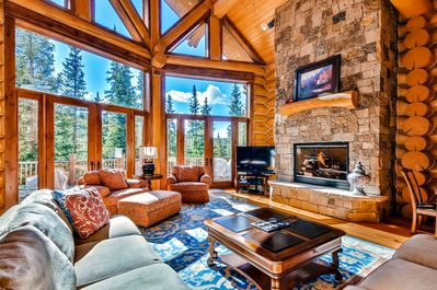 Great Room - With Gas Fireplace, Flat Screen TV and Wet Bar located on the Main Level