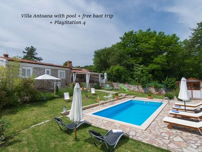 Photo for Villa Antoana with pool + free boat trip
