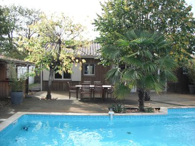 Photo for TYPICAL VILLA QUIET ON THE ARCACHON BASIN WITH POOL, SLEEPS 8