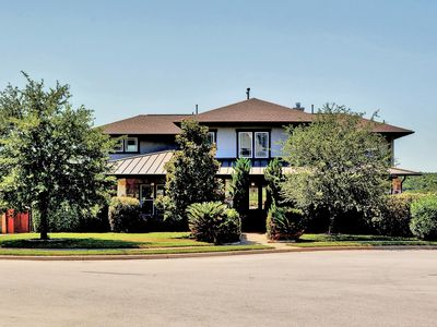 Photo for Beautiful, Spacious Custom Home 30 min to Austin Downtown, 10 min to Lake Travis