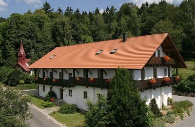 Photo for Holiday apartment in stylishly renovated farm house at the ´Tour de Baroque´