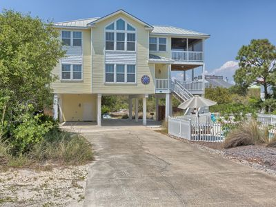 Photo for 1 Amazing Sunrise, Sleeps 14, Multi-Family Home with 2 Living Areas and a Pool!
