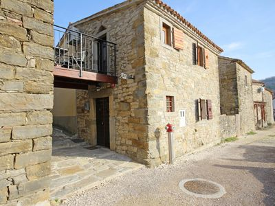 Photo for Holiday house Draguc for 1 - 4 persons with 1 bedroom - Holiday house