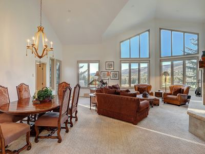 Photo for 2Br Condo in The Seasons at Arrowhead- Vaulted Ceilings