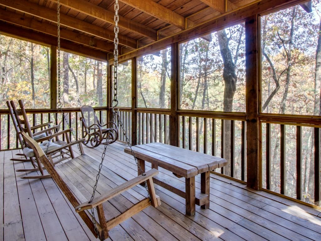 Cozy Forest Cabin With An Indoor Hot Tub Amp Screened Porch
