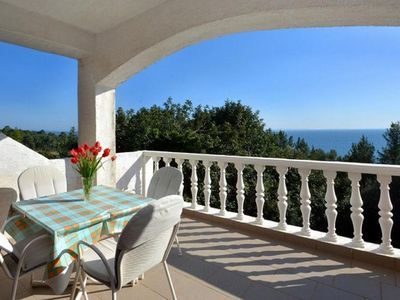 Photo for Studio flat with terrace and sea view Ivan Dolac, Hvar (AS-17778-e)