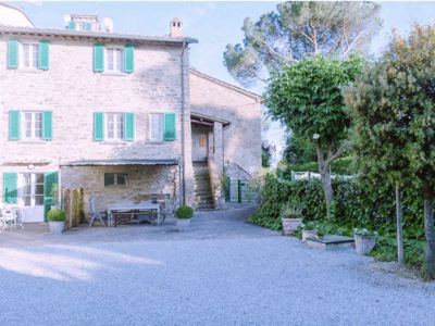 Photo for Casa Fiore. Typical farmhouse situated in an old village at the foot of Cortona.