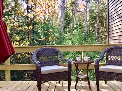 Welcome to the Suite at Treetop-Retreat with its private deck and entrance.