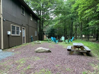 Fire pit and picnic bench