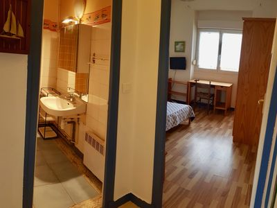 Photo for Nice 25m² apartment for 4 people, near train station and beaches (# 3)