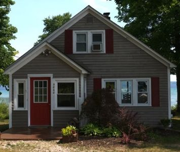 Photo for 3BR House Vacation Rental in Suttons Bay, Michigan