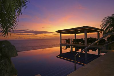 Stunning sunset views poolside