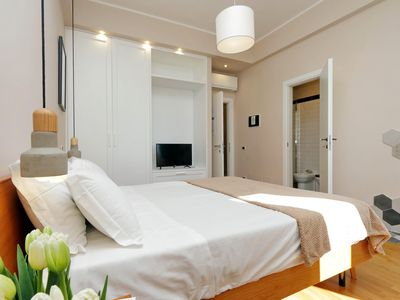 Photo for Corso Italia apartment in Via Veneto with WiFi, air conditioning & lift.