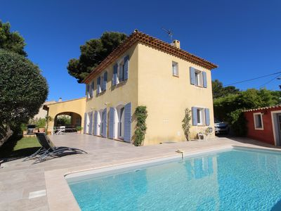 Photo for Recent villa with swimming pool,8km from the sea,with view of Bandol's vineyards
