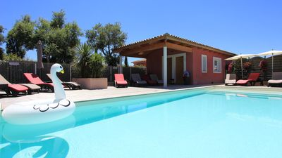 Photo for Villas 4 **** Pool 28 ° -Jacuzzi-Beach at 400m-Wifi -Clim-Guardian-Sport-Parking