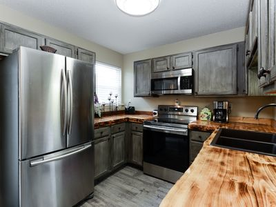 Photo for Newly Updated family-friendly 2BD/2BA condo centrally located in Branson