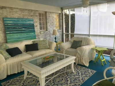 Cozy Beachy Charming 1 bedroom Apartment close to both beaches