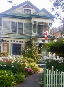 Photo for Spacious 1st Floor Apartment in a Beautifully Maintained Upgraded Heritage Home