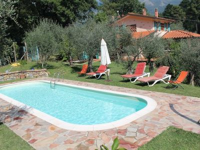 Photo for Villa with private pool for 8 / 9 people