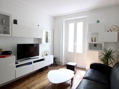 Photo for Superb & bright apartment near Bastille