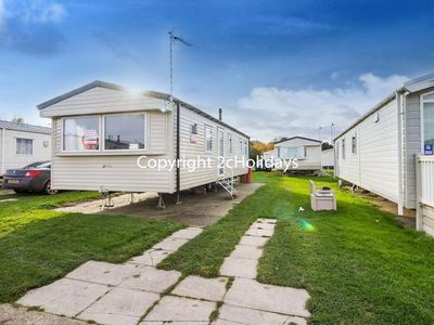 Photo for 8 berth caravan for hire near Great Yarmouth at Broadland sands ref 20268