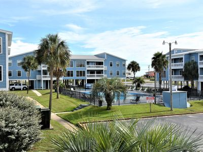 Photo for Sea Oats A104 ~ Dog Friendly (add'l fee) ~ Convenient Location ~ BVR