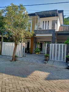 Photo for 4 Bedrooms Guest House