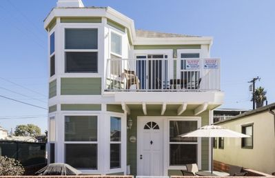 126 29th Street - Large vacation rental house in Newport Beach, CA located just steps from the beach!