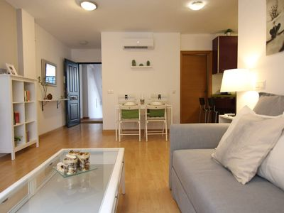 Photo for COZY AND MODERN APARTMENT WITH PARKING IN THE CENTER OF MÁLAGA