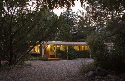 Charming Sedona three bedroom with lap pool and quiet garden