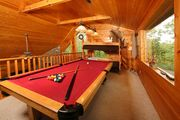 Amazing View! Access to Pool, Putt Putt, Fishing, Golf, etc. Pool Table and Hot Tub at Cabin.