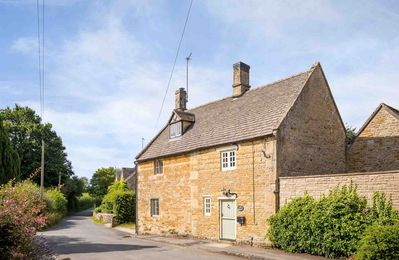 Photo for Court Hayes, originally two cottages, has been lovingly restored to create a lovely, large cottage